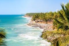 Praia preta em Varkala, Kerala Imagem de Stock