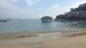 Praia Puerto Vallarta imagem de stock royalty free
