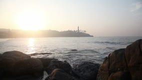 Praia rochosa do oceano vídeos de arquivo