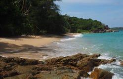 Praia selvagem em Phuket Fotos de Stock Royalty Free