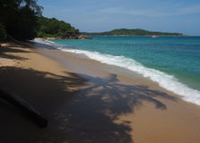 Praia selvagem em Phuket Foto de Stock Royalty Free