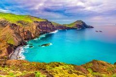 Praia selvagem em Ponta de Sao Lourenco, Madeira, Portugal Imagens de Stock