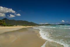 Praia selvagem em Vietname Imagens de Stock Royalty Free
