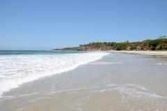 Praia solitária fotografia de stock royalty free