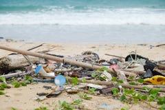 Praia suja Foto de Stock