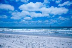 Praia superior da ilha da vela em North Carolina imagem de stock