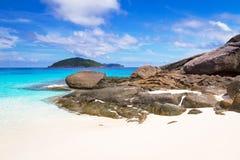 Praia surpreendente da ilha de Similan Fotografia de Stock