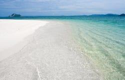 Praia tropical abandonada Fotos de Stock Royalty Free