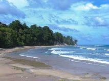 Praia tropical abandonada em Niel Island imagem de stock