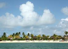 Praia tropical bonita Foto de Stock Royalty Free