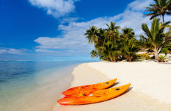 Praia tropical bonita na ilha exótica no Pacífico Foto de Stock Royalty Free