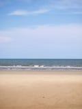 Praia tropical. Céu e mar. Fotografia de Stock