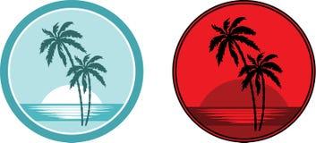 Praia tropical com palmeiras. Emblema. Imagens de Stock