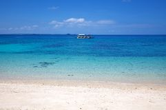 Praia tropical da areia branca na ilha de Malapascua, Filipinas Foto de Stock Royalty Free