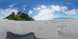 Praia tropical da ilha em 360 graus de realidade virtual de Maldivas - vista de relaxamento filme