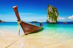 Praia tropical, mar de Andaman, Tailândia Imagem de Stock