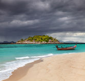 Praia tropical, mar de Andaman, Tailândia Fotografia de Stock Royalty Free