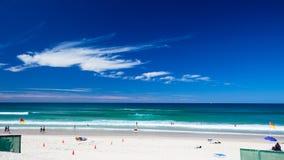 Praia tropical patrulhada Fotos de Stock Royalty Free