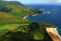 Praia vista do mid-air imagem de stock