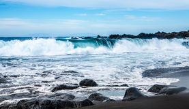 Praia vulcânica da areia do preto da arena do la de Playa Imagem de Stock