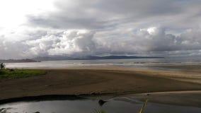 Praia vulcânica de Havaí fotos de stock
