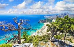 Praias bonitas de Grécia, ilha do Rodes Foto de Stock