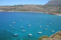 Praias maravilhosas do mani - greece foto de stock royalty free