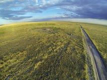 Prairie du Colorado dans la lumière de coucher du soleil Image stock