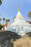 Prakaew dontao Suchadaram寺庙 免版税图库摄影