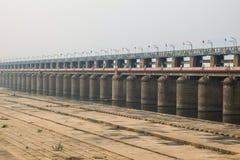 Prakasam堰坝看法在维杰亚瓦达,印度 免版税库存图片