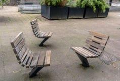 Praktisch en comfortabel straatmeubilair in Rotterdam, Nederland royalty-vrije stock afbeelding