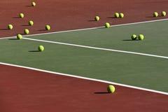 Praktyk tenisowe piłki Obrazy Royalty Free