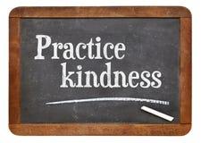 Praktyki dobroć na blackboard obraz stock