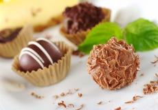 Pralines de chocolat Photographie stock libre de droits
