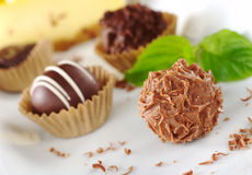 Pralines do chocolate Fotografia de Stock Royalty Free