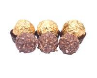 Pralines redondos luxuosos do chocolate foto de stock