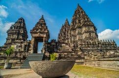 Prambanan o Candi Rara Jonggrang è un composto del tempio indù in Java, Indonesia, dedicata al Trimurti: il creatore Brahma, immagine stock
