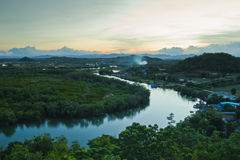 Река Pranburi после захода солнца Стоковое Изображение RF