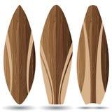 Prancha de madeira no fundo branco Placas de ressaca Imagens de Stock