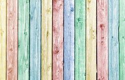 Pranchas de madeira resistidas velhas pintadas cor pastel imagens de stock