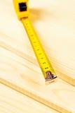 Pranchas do medidor e do pinho do cartucho empilhadas fotos de stock royalty free