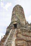 Prang av den Chaiwatthan templet Arkivbilder