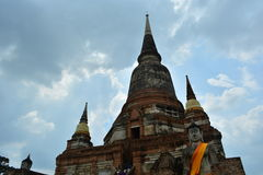 Prang est les grands travaux de statues de Bouddha Image libre de droits
