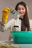Pranie brudnych pieniędzy (bezprawna gotówka, dolary rachunków, ciemniutki pieniądze, corru Obraz Royalty Free