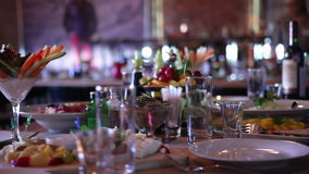 Pranzare fine nel ristorante video d archivio