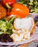Pranzo di picnic di Healthly con le verdure ed il formaggio Fotografia Stock