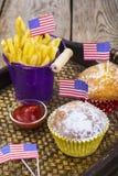 Pranzo festa dell'indipendenza sul 4 luglio Fotografia Stock Libera da Diritti