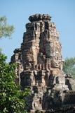 Prasat Bayon, Angkor Wat, πύργος πετρών κεφαλιών μπλε ουρανού ημέρας Στοκ εικόνα με δικαίωμα ελεύθερης χρήσης