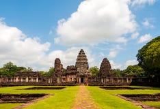 Prasat Hin岩石城堡在Phimai历史公园泰国 免版税库存照片