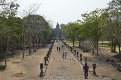 Prasat Hin Phanom Dzwonił dziejowego parka przy Tajlandia Fotografia Stock